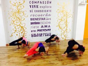 salle de Yoga latine