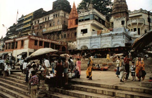 India_-_varanasi_4